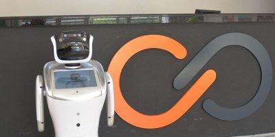 Yapay zeka robot ile öğrenciler geleceğe taşınıyor