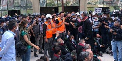 Baro başkanlarına işçilerden tepki