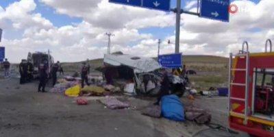 Konya'da feci trafik kazası: 6 ölü