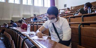 Üniversite adaylarına eğitim desteği