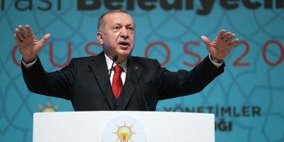 Cumhurbaşkanı Erdoğan CHP'li belediyeleri topa tuttu