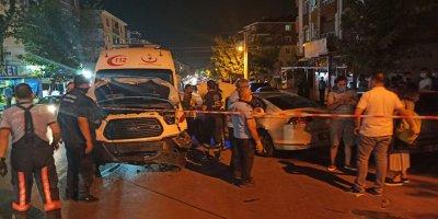 Sincan'da ambulans kaza yaptı