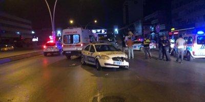 Ankara'da polis aracına çarptılar