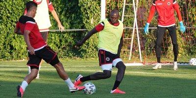 Gençlerbirliği'nde 1 futbolcu ve 1 personelin testleri pozitif