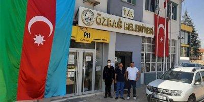 Özbağ Belediyesinden Azerbaycan'a bayraklı destek