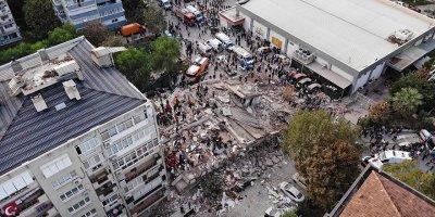 İzmir'de hayatını kaybedenler 79 oldu