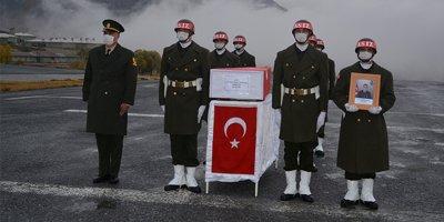 Hakkari'de şehit asker için uğurlama töreni