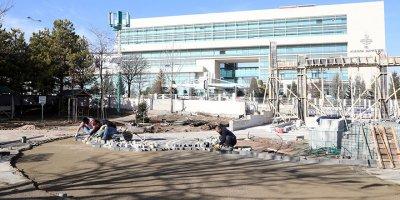 Ahlatlıbel Atatürk Parkı yenileniyor