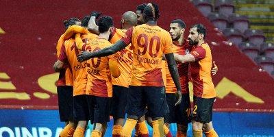 Galatasaray'dan yarım düzine