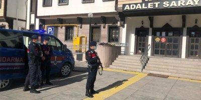 Başkentte aranan 5 kişi gözaltına alındı