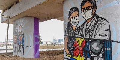Başkent'te Tıp Bayramı için özel grafitiler
