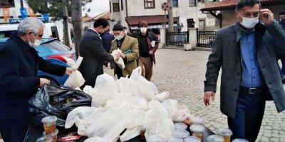 CHP Ankara'da halka Çanakkale Savaşı menüsü dağıtımı yaptı