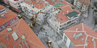 Büyükşehir Açelya Apartmanı mağdurları için teyakkuza geçti