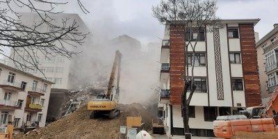 Açelya Apartmanı'nın yıkımında sona gelindi
