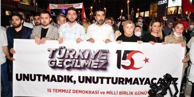 AK Gençlik Ankara 15 Temmuz için yürüdü