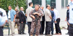 İsrail Büyükelçiliği önünde hareketli dakikalar!
