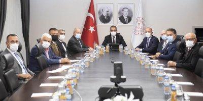 ASO'dan Bakan Mahmut Özer'e ziyaret