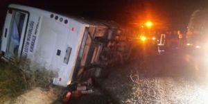 Kulu'da midibüs devrildi: 2 ölü