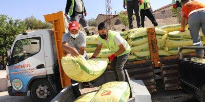 Çiftçilere tohum ve gübre desteği