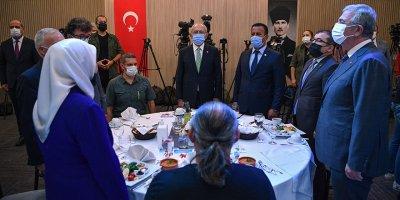 Kılıçdaroğlu şehit aileleri ve gazilerle bir araya geldi