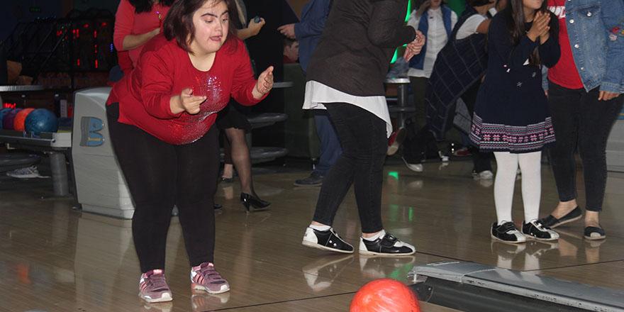 bowling-21.jpg