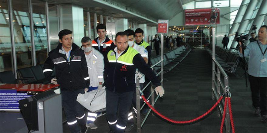 Uçağını kaçıran yolcu havalimanında ölü bulundu