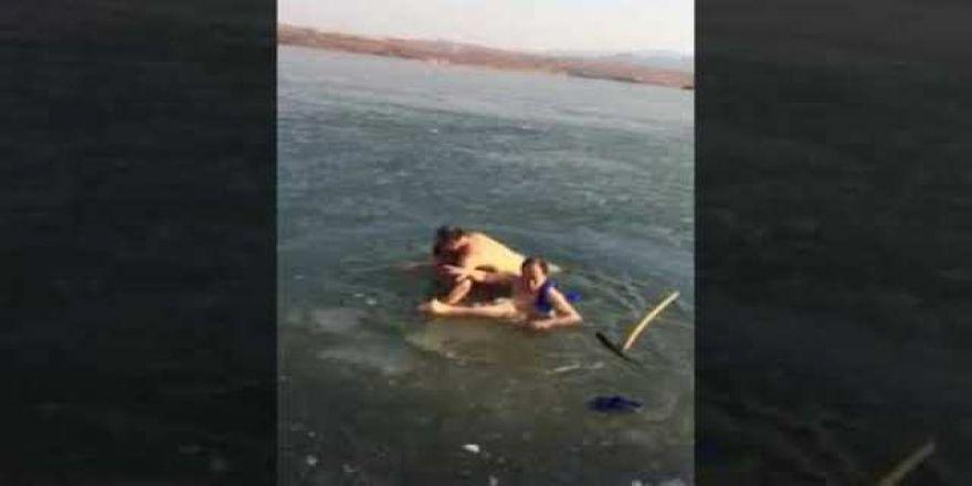 Buzlu gölette az daha ölüyordu