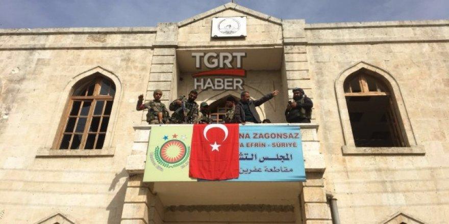 Şanlı bayrağımız Afrin'de göklere yükseldi