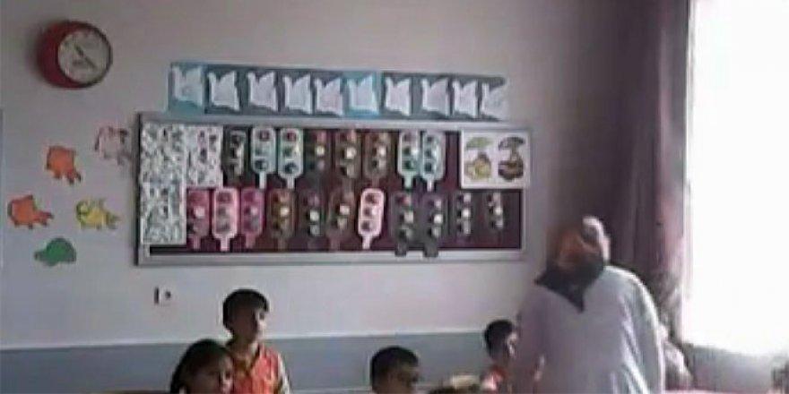 Öğrenciye sözlü şiddet gizli kamerada