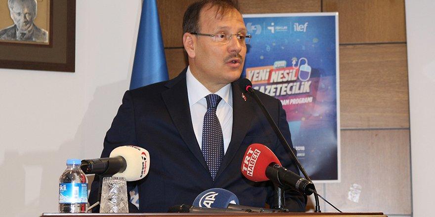Başbakan Yardımcısı Hakan Çavuşoğlu Sertifika Töreni