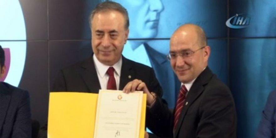 Mustafa Cengiz yönetimi mazbatasını aldı