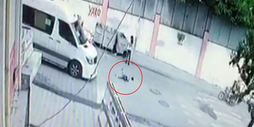 Çocuğa çarptı, arkasına bakmadan kaçtı
