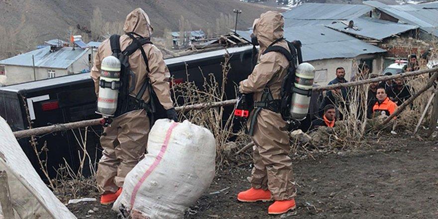 Kars'ta 6 çocuk, anne ve babaları cıvadan zehirlendi