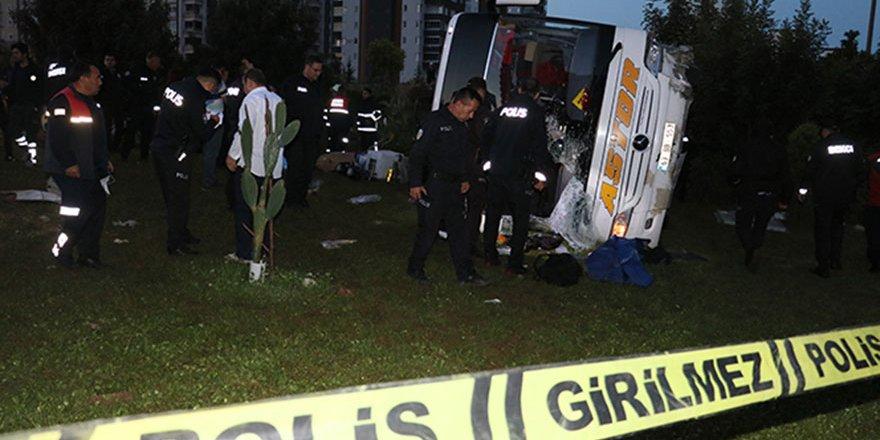 Adana'da feci kaza: 2 ölü 29 yaralı