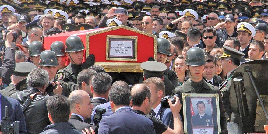 Şehit yüzbaşı Ankara'da son yolculuğuna uğurlandı