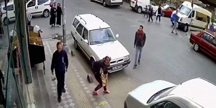 """""""Tırnakçı"""" kadın yakalanacağını anlayınca soyunmaya başladı"""
