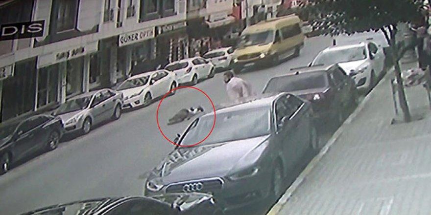 Feci kaza! Çarptığı kadın metrelerce havaya savurdu