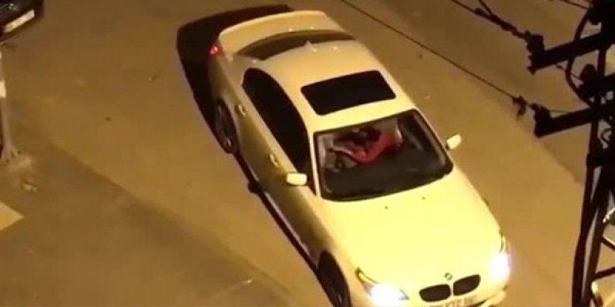 Başkent'te otomobilde kız arkadaşını tekme tokat dövdü