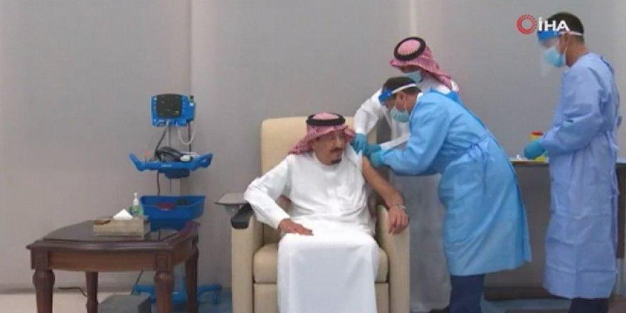 Suudi Arabistan Kralı korona virüs aşısı oldu