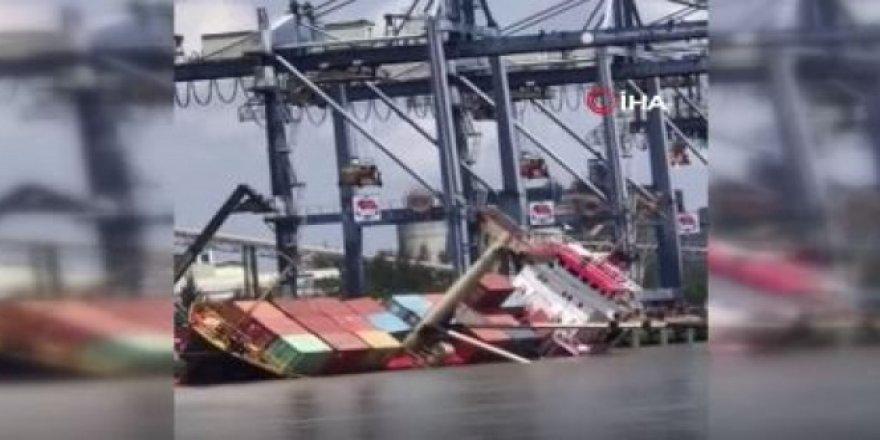 2 bin 500 tonluk yük gemisi alabora oldu