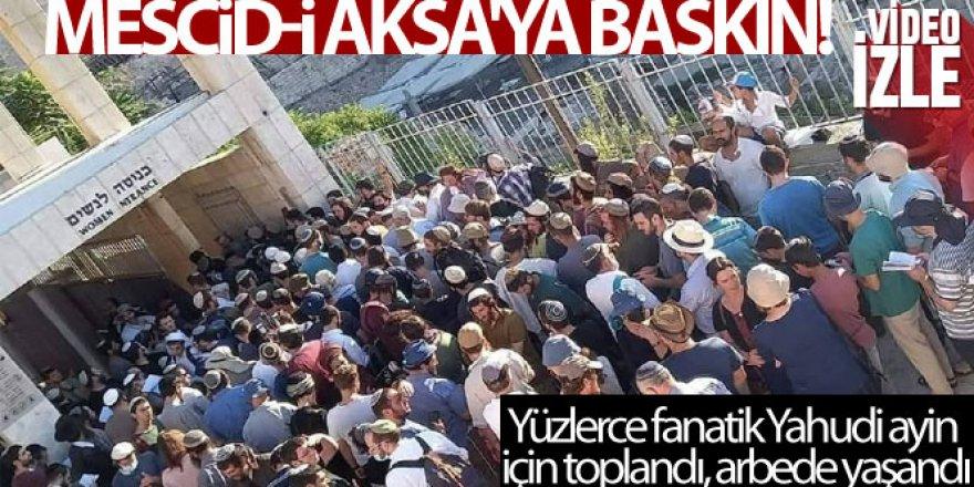 Yüzlerce fanatik Yahudi'den Mescid-i Aksa'ya baskın