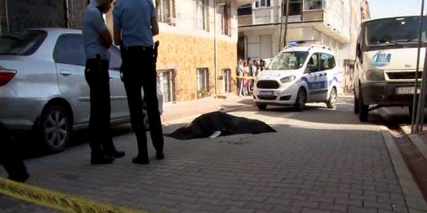 Esenyurt'ta sır cinayet: 2 ölü