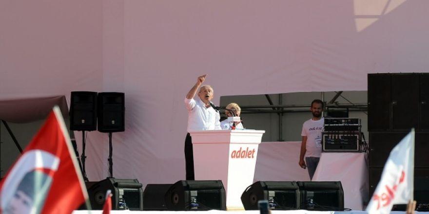 CHP lideri Kılıçdaroğlu: Güvenpark'ta başladığımız yürüyüşü Maltepe'de noktaladık