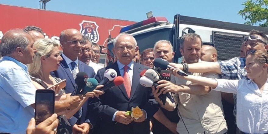 CHP Genel Başkanı Kılıçdaroğlu, Enis Berberoğlu'nu cezaevinde ziyaret etti