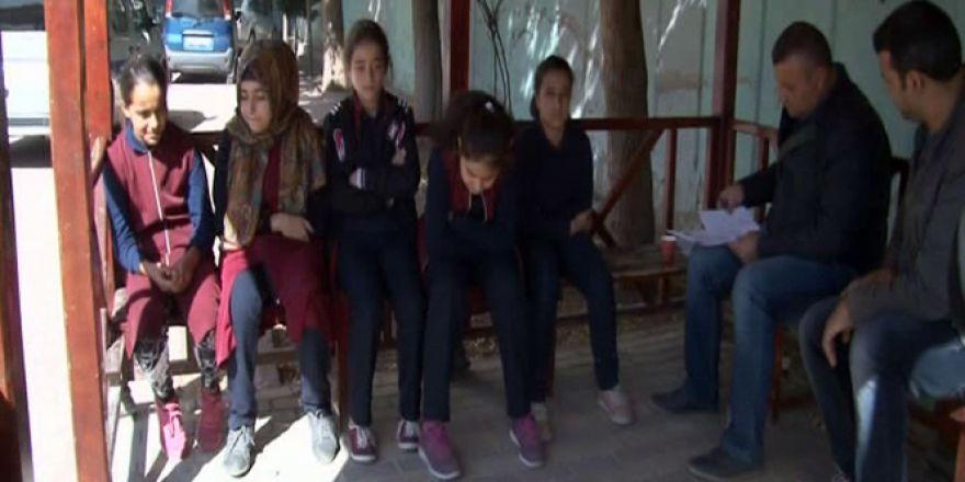 Kaçak kuyu 29 öğrenciyi hastanelik etti