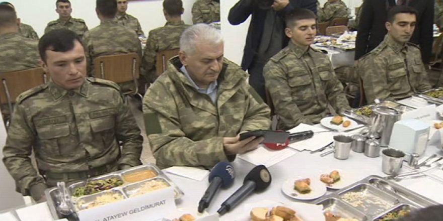 Cumhurbaşkanı Erdoğan telefonla askerlere seslendi
